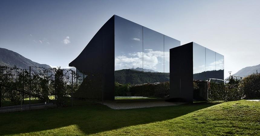 Reflective window films
